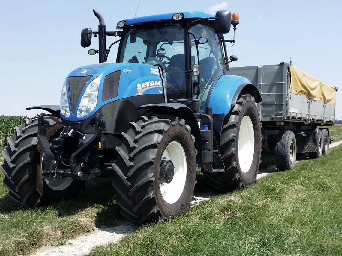 Lohnarbeiten mit dem Traktor im Suedburgenland